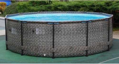 Oválny nadzemný bazén z ratanu