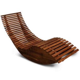 Záhradné drevené ergonomické lehátko