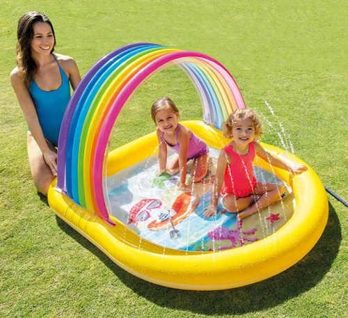 Zábavný detský bazén so striekajúcou fontánou